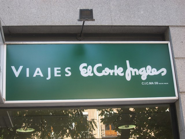 Viajes-El-Corte-Ingles-se-une-al-Black-Friday