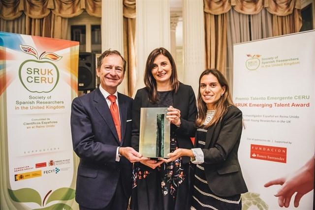 Banco Santander y CERU entregan el Premio Talento Emergente 2016