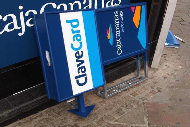 CajaCanarias y la Caixa destinan 801.860 euros a 41 entidades sociales
