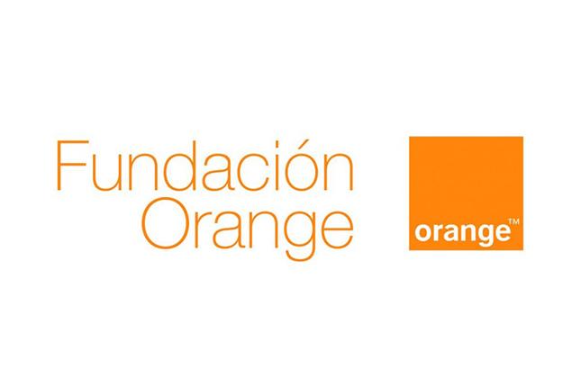 """Orange repartirá más de 2.200 """"tablets"""" a hospitales madrileños"""