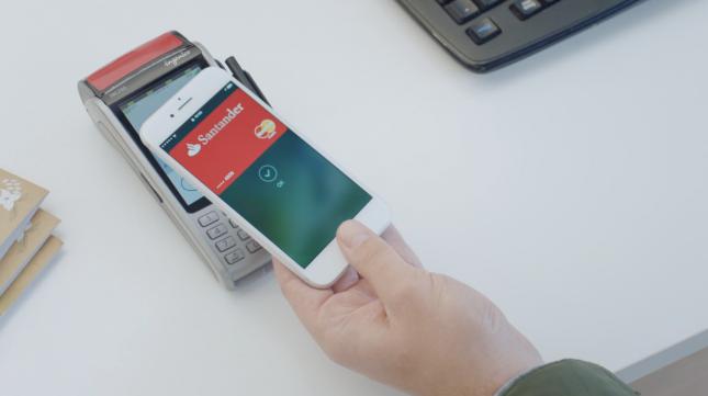 Banco Santander bonifica con un 10% de las compras a crédito realizadas por móvil