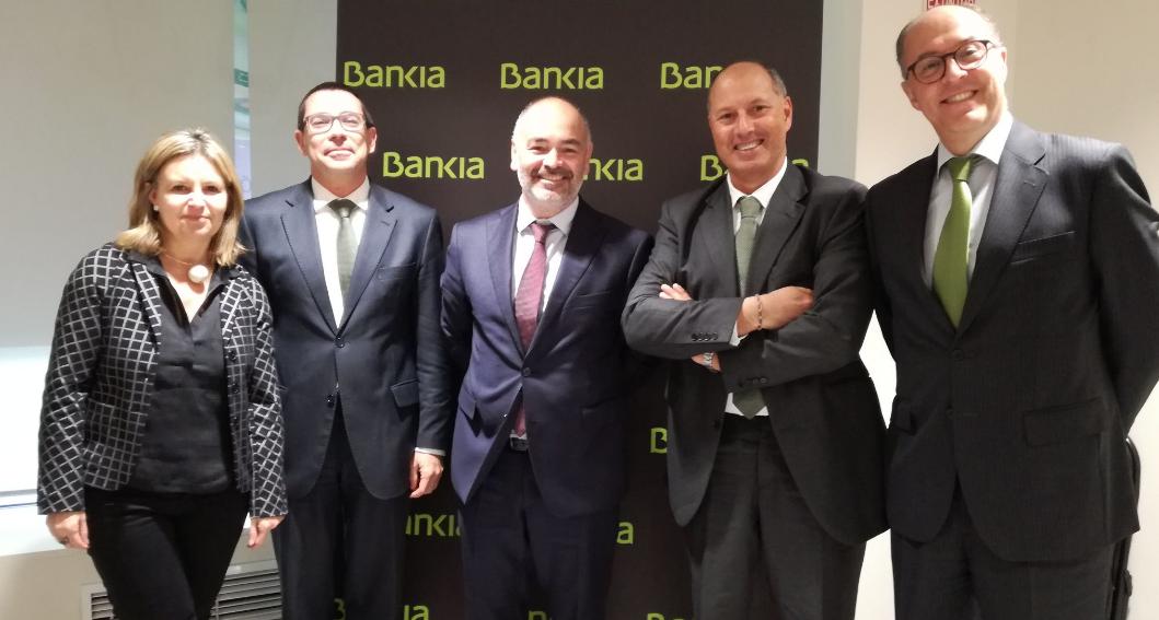 Bankia y la Fundació Iluro firman un acuerdo para ayudar con 30.000 euros a asociaciones sociales del Maresme
