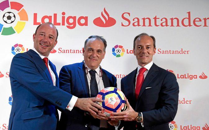 Banco Santander, satisfecho con el retorno del patrocinio del fútbol