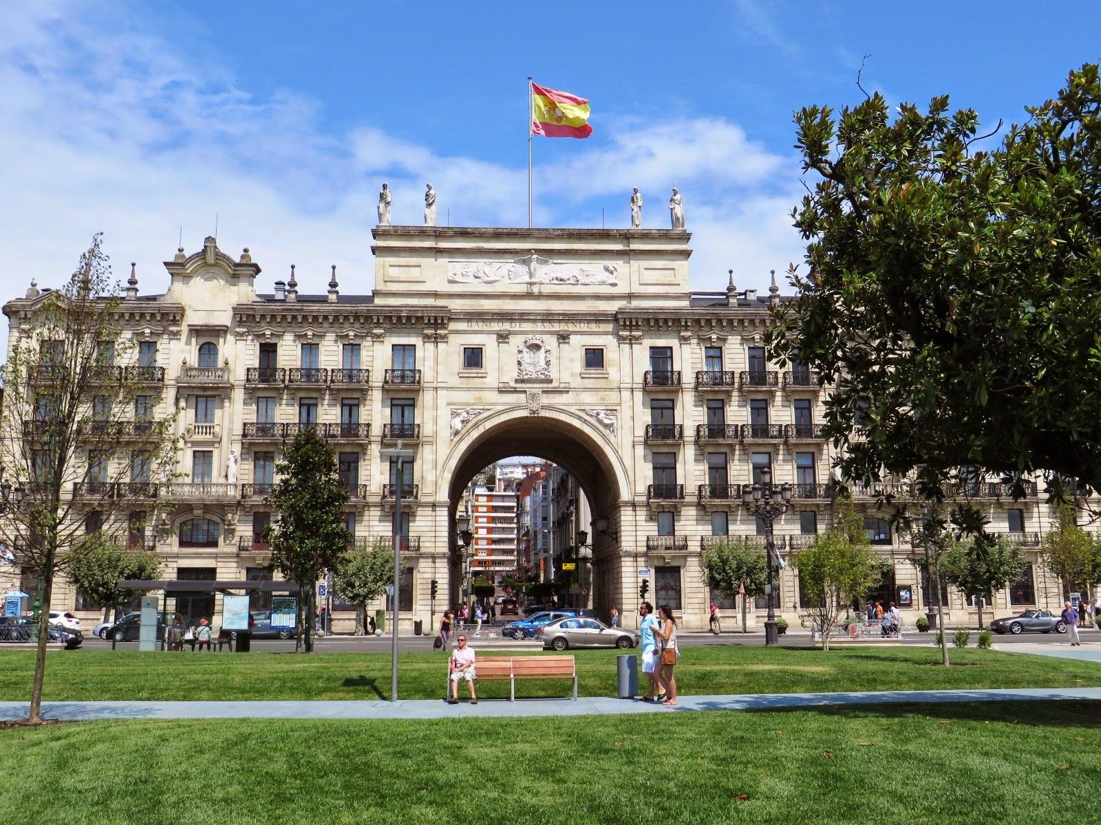 Banco santander y cantabria se unen para captar turismo for Sucursales banco santander en roma italia