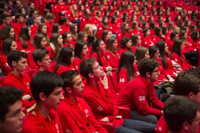 Banco Santander insta a los mejores estudiantes de bachillerato a ganar una Beca Europa