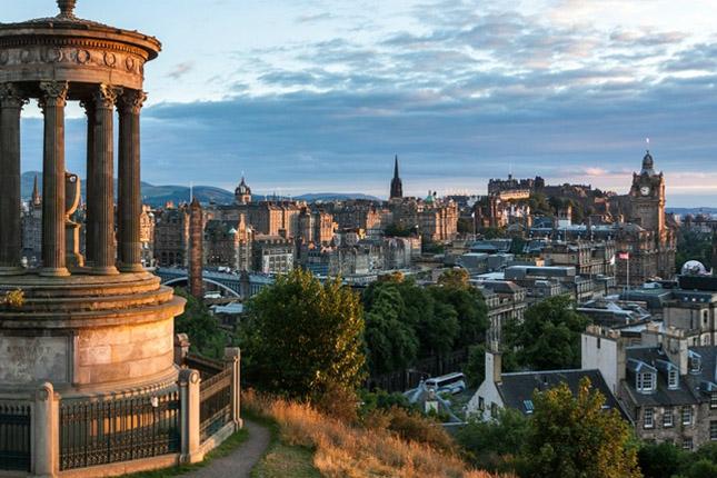 Escocia: el 'Brexit' y otro referéndum ralentizarán la economía