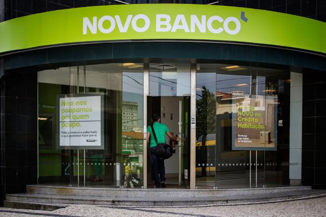Novo Banco reduce sus pérdidas
