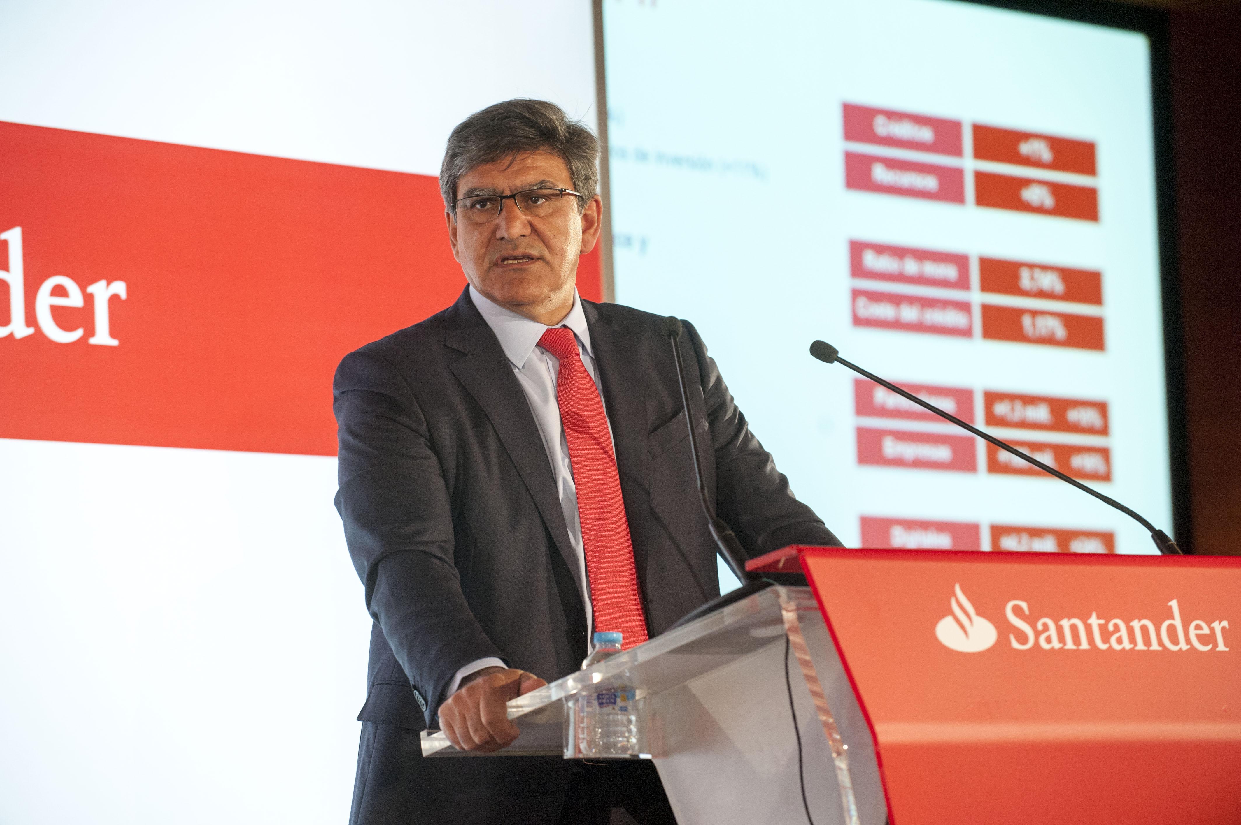 """Álvarez (Banco Santander): """"Seguimos creciendo en clientes con la Cuenta 1 2 3"""""""