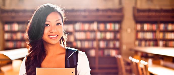 Banco Santander entrega más de 130 ayudas y reconocimientos a la comunidad universitaria de la UJI