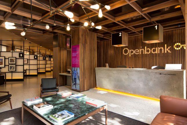 Banco santander estudia lanzar openbank en argentina en 2018 for Openbank oficina madrid