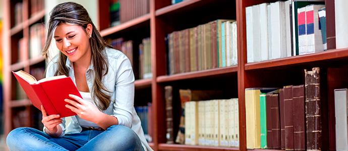 Banco Santander entrega las becas Mundus, Iberoamérica y de prácticas en Pymes a estudiantes de la UCV