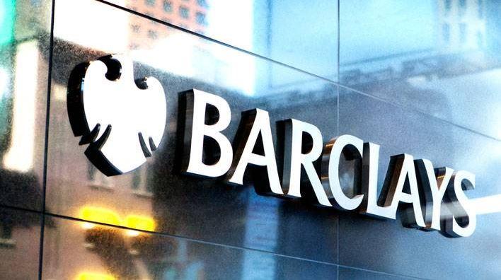 Moody's recorta la calificación de Barclays