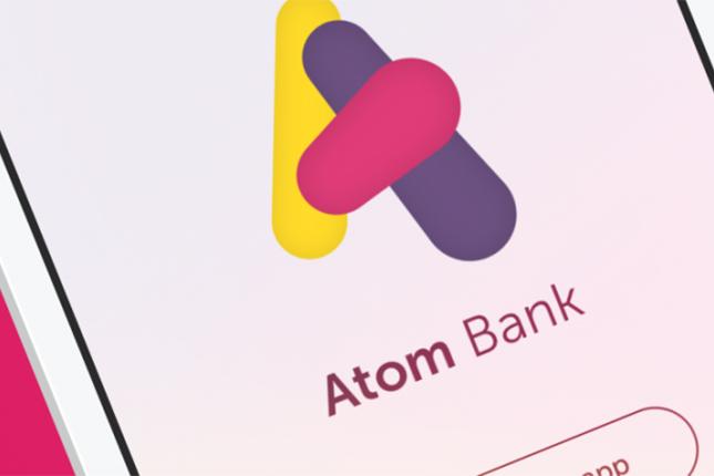Atom Bank recibe subvención para promover el crédito a las pymes