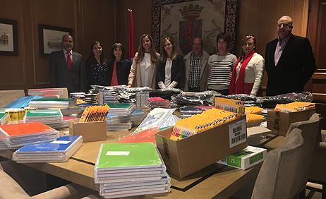 """Banco Santander colabora con el proyecto """"Promoción del Éxito Escolar"""" de la Cruz Roja Española en León"""