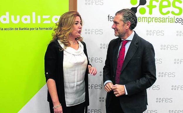 Bankia y FES formarán a jóvenes segovianos en Comercio Exterior