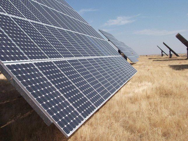 Acciona energía. Paneles fotovoltaicos