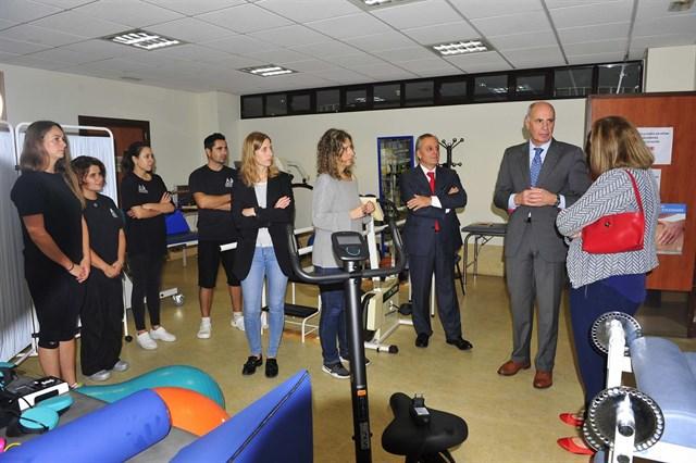 Banco Santander colabora con COCEMFE para la atención a personas con discapacidad