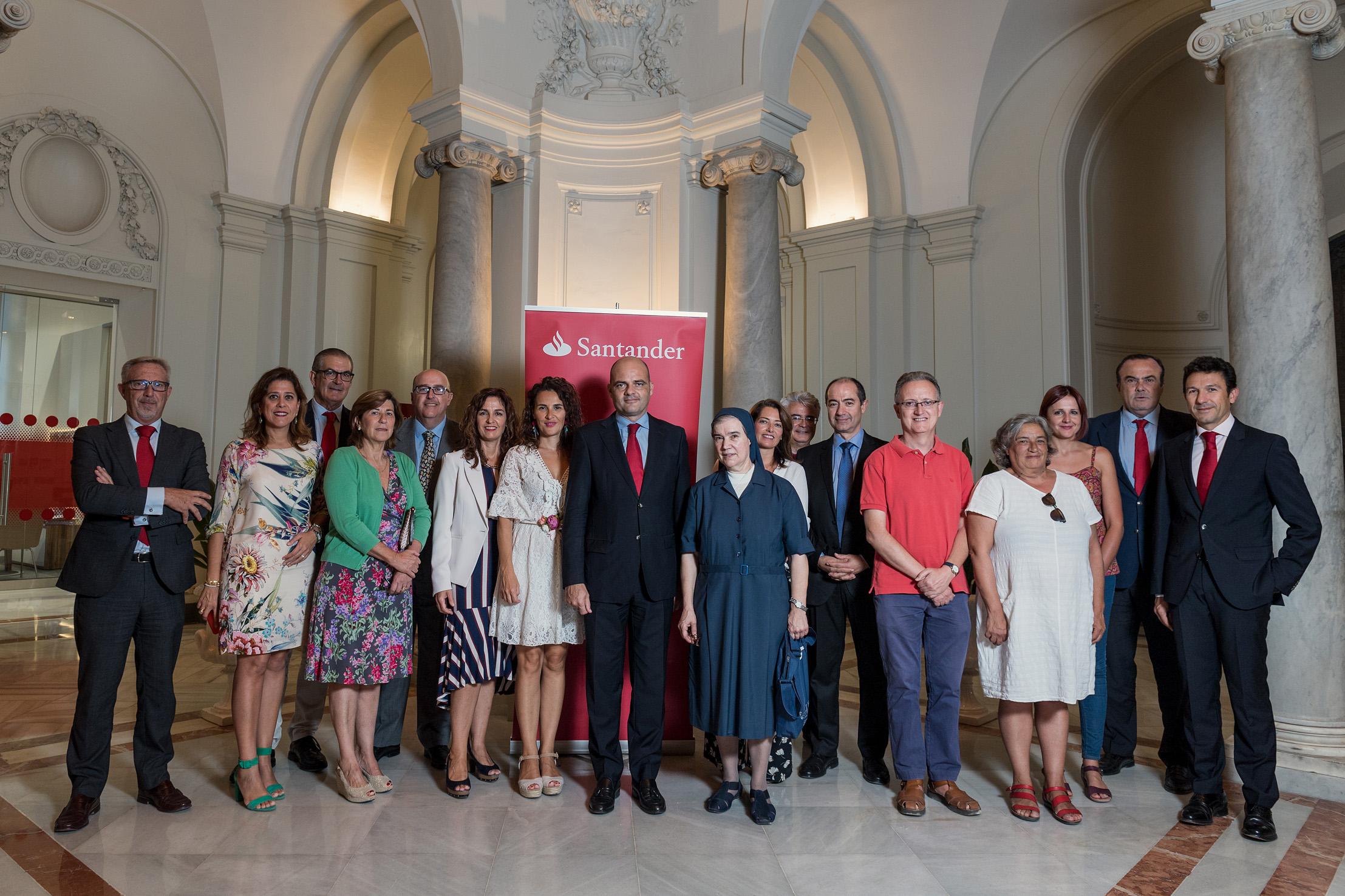 Banco Santander respalda proyectos sociales contra la exclusión en Andalucía