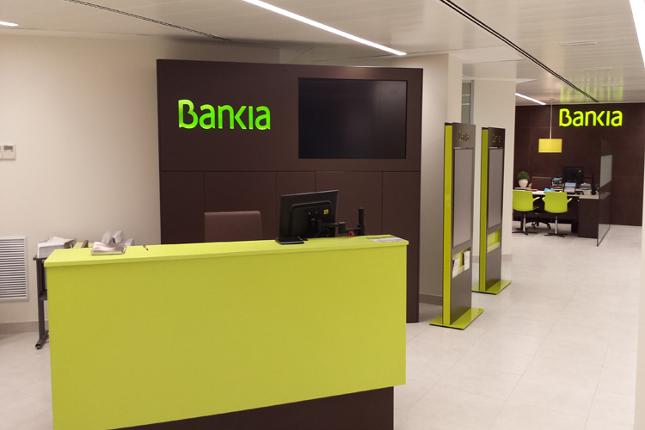 Bankia elimina comisiones a 520.000 clientes de BMN