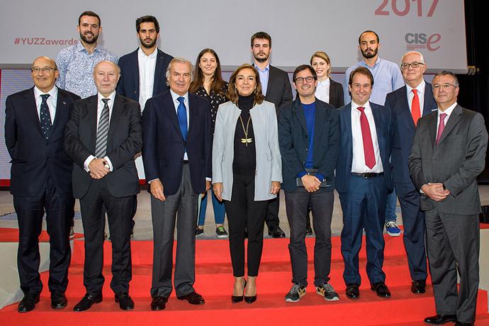 Banco Santander entrega premios de la VIII edición de Santander Yuzz 2017