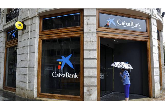 CaixaBank presentará el informe técnico que justifica el ERE