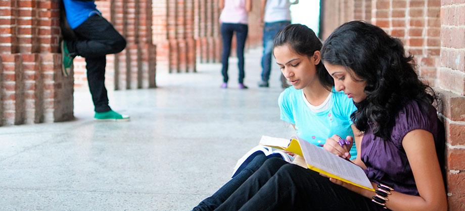 Banco Santander participa en la I Cumbre Europea sobre Educación, y reitera su compromiso con la Universidad
