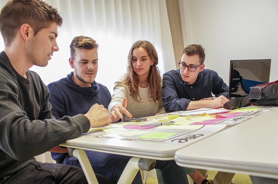 Banco Santander impulsa el programa Explorer, con 1.200 jóvenes emprendedores durante 2018