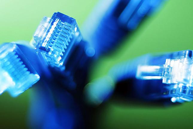 Más de dos millones de españoles tendrán fibra de 100 Mbps