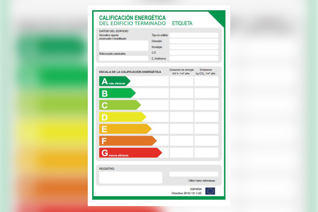 El Ministerio para la Transición Ecológica lanza una consulta sobre la actualización de la certificación energética de edificios