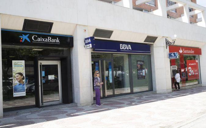 Banco Santander, BBVA y CaixaBank, a la cabeza del ranking de comercialización de fondos en España según Inverco