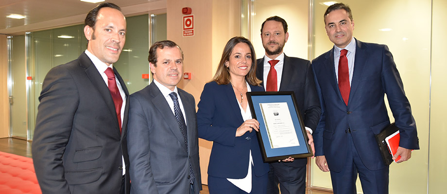 Banco Santander obtiene el certificado AENOR de excelencia en Asesoramiento de Banca de Empresas