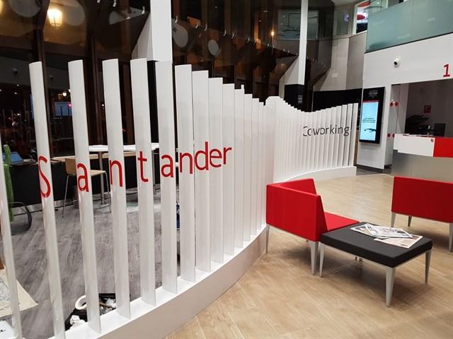 Espacios de 39 coworking 39 de banco santander una iniciativa for Oficinas liberbank santander