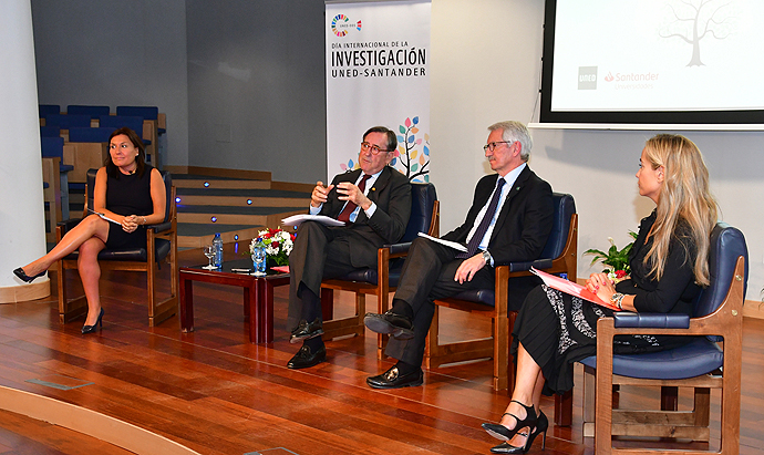 Banco Santander respalda proyectos de investigación en Desarrollo Sostenible de la UNED