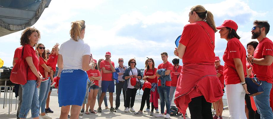 Banco Santander y la Fundación Ecomar se unen en pro de la limpieza de costas en Galicia