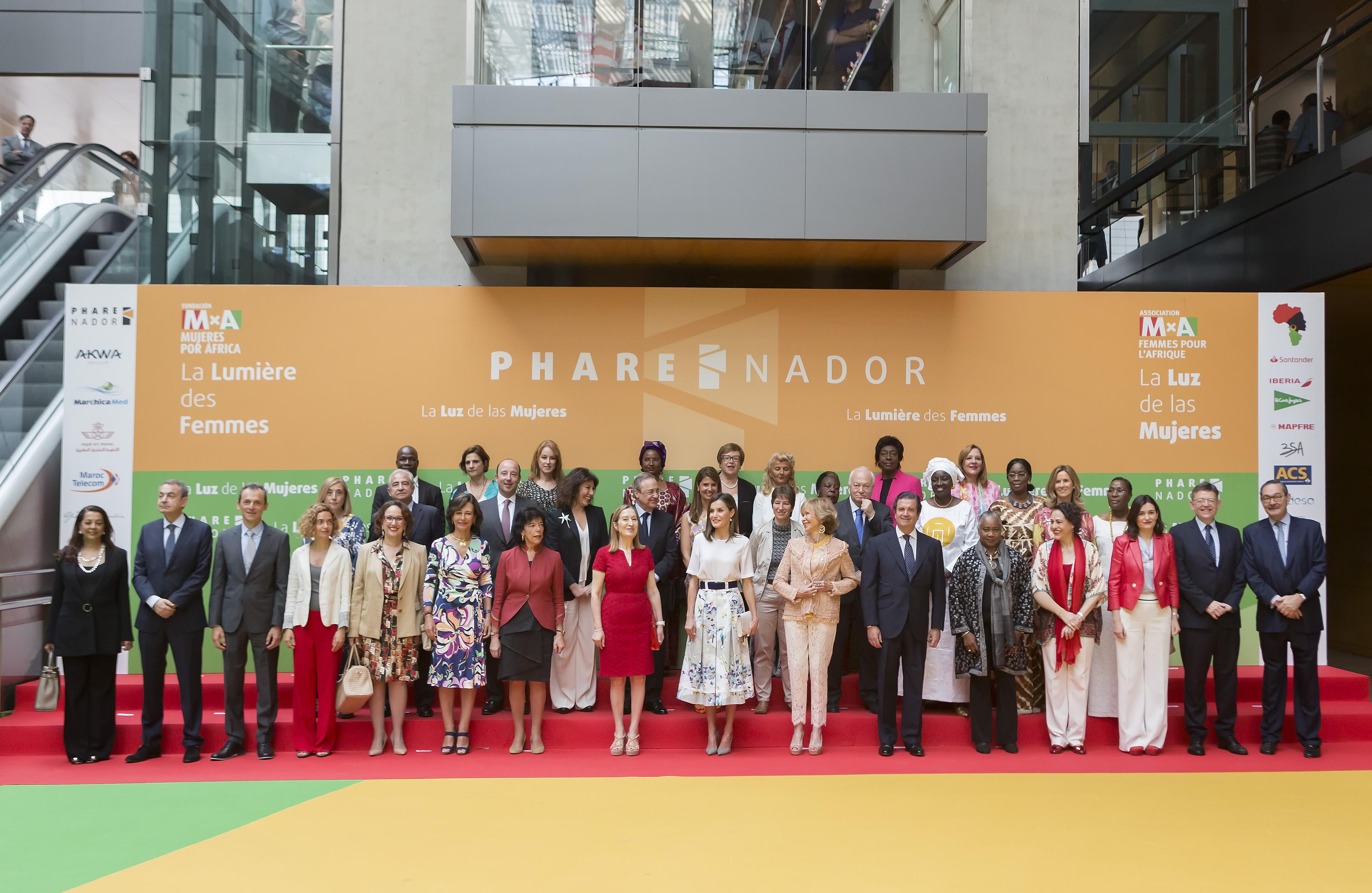 Ana Botín (Banco Santander) promueve la formación y el liderazgo de la mujer africana