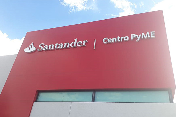 Banco Santander México abre créditos digitales para pymes con respuesta en 60 minutos