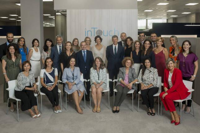 CaixaBank inaugura en Valencia su modelo 'inTouch'