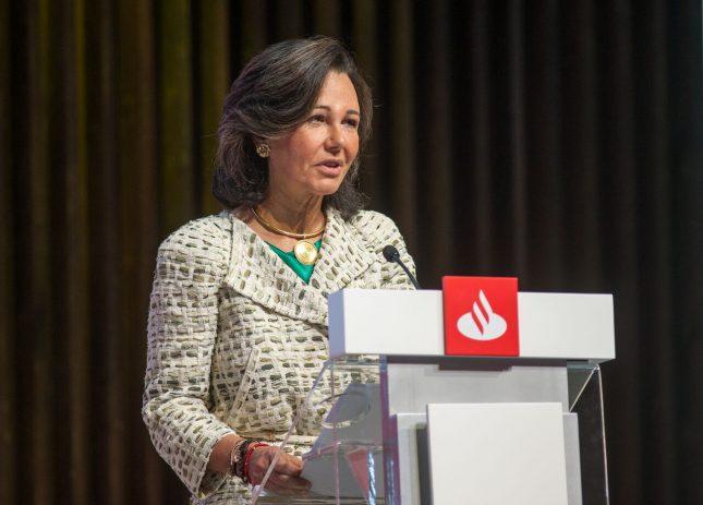 """Ana Botín (Banco Santander): """"Los bancos tienen que ser seguros, eficientes y responsables"""""""