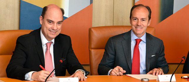 Banco Santander y Mapfre inician alianza para distribuir seguros de autos, autónomos y empresas en España