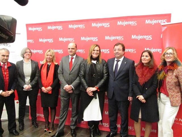 Banco Santander apuesta por el talento femenino en el ámbito profesional