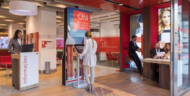 Banco Santander Totta continúa con su transformación comercial y digital
