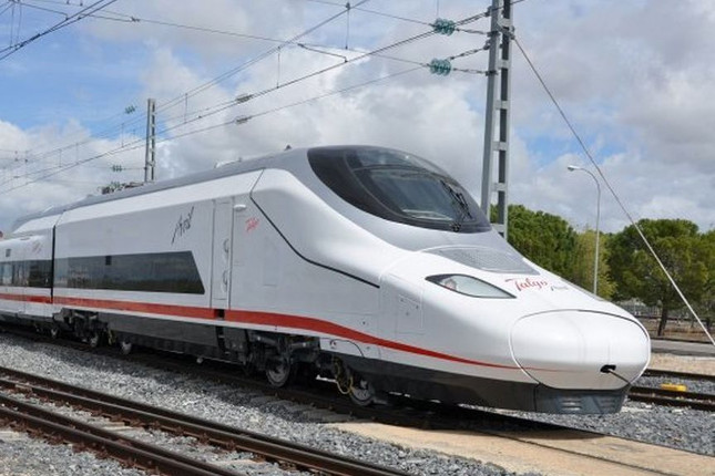 Renfe estrenará en abril su nuevo servicio AVE 'low cost'