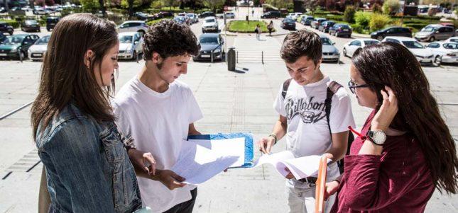 Banco Santander y las Universidad Francisco de Vitoria eligen los 50 estudiantes que se beneficiarán de las Becas Europa