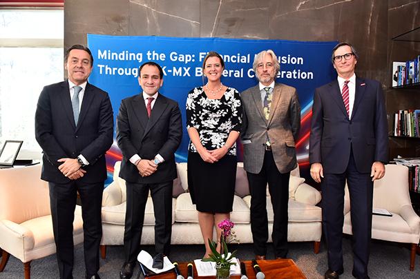 Banco Santander México y la Embajada del Reino Unido impulsarán estudio sobre desarrollo y regulación de las Fintech