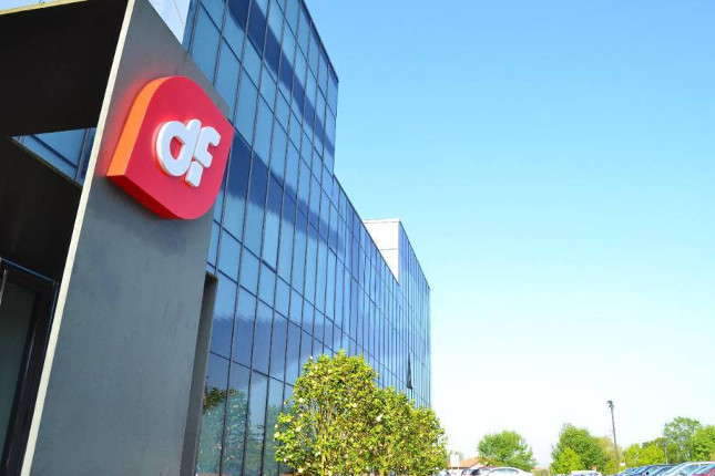 Duro Felguera firma tres contratos para Repsol-Petronor