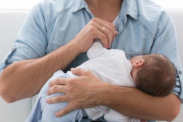 Hacienda devuelve 733 millones de euros por paternidad y maternidad