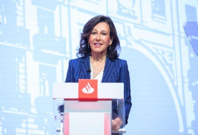 """Ana Botín (Banco Santander): """"Somos uno de los pocos bancos de Europa que aumenta los ingresos desde 2015"""""""