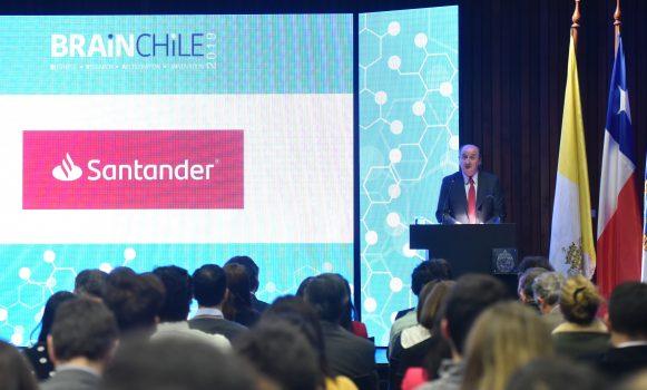 Banco Santander Chile respalda la quinta edición del programa BRAIN-Chile
