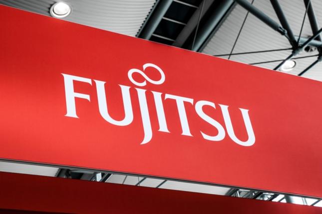 Fujitsu reduce un 37,5% sus ganancias