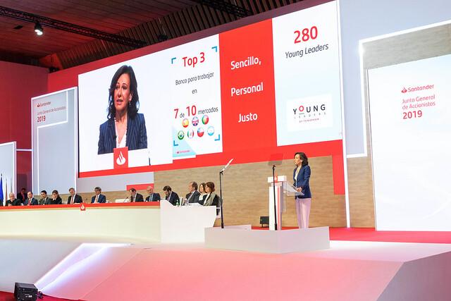 Banco Santander propone eliminar todos los plásticos de un solo uso en todos sus edificios en el mundo de aquí a 2021